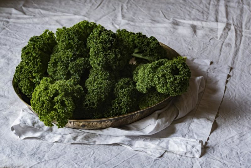 Vitamin C: Dark leafy greens